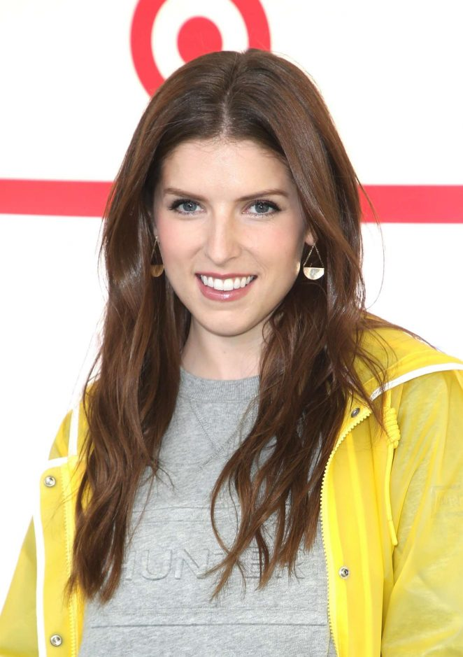 Anna Kendrick – Hunter for Target Ultimate Family Festival 2018 in Pasadena