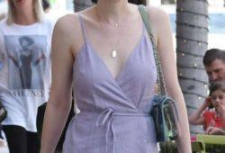Dakota Fanning – Shopping in Los Angeles