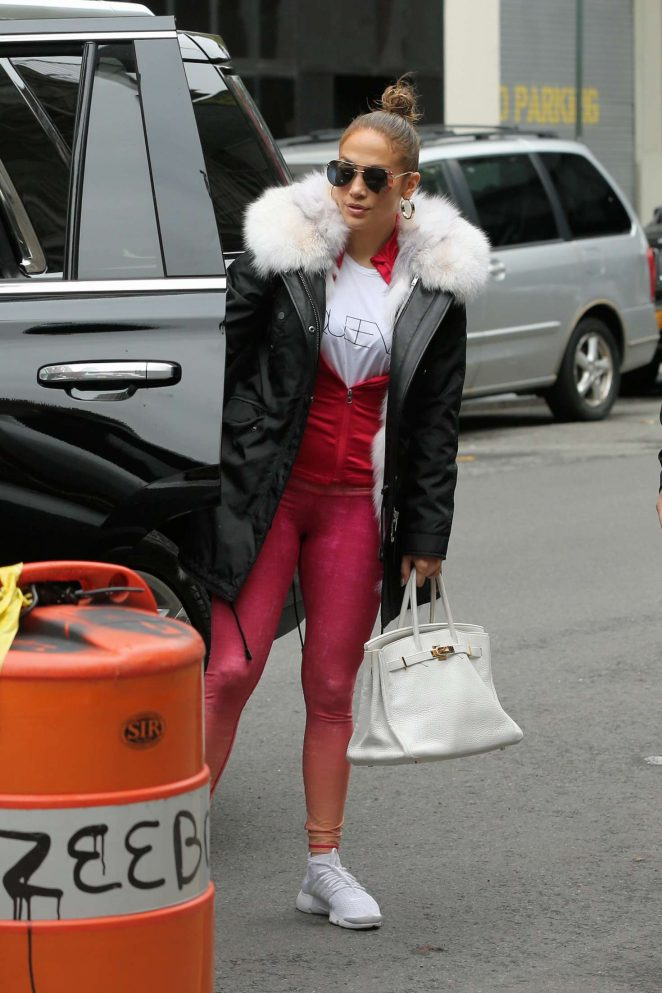 Jennifer Lopez – Headed to a photo studio in New York City