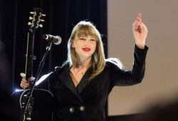 Taylor Swift – Performing at Ally Coalition Talent Show benefit concert in NYC